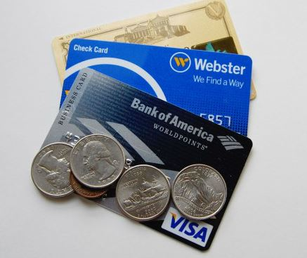 クレジットカードっていったいどこがおトクなんだろう?